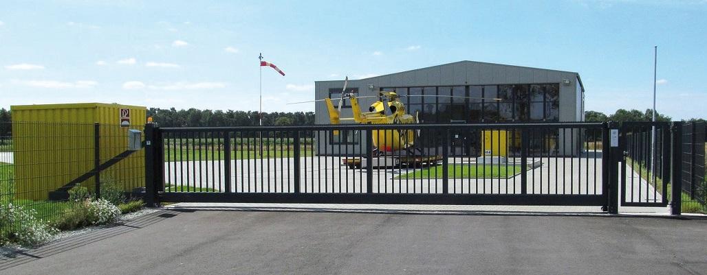 Slide1_Helicopter1