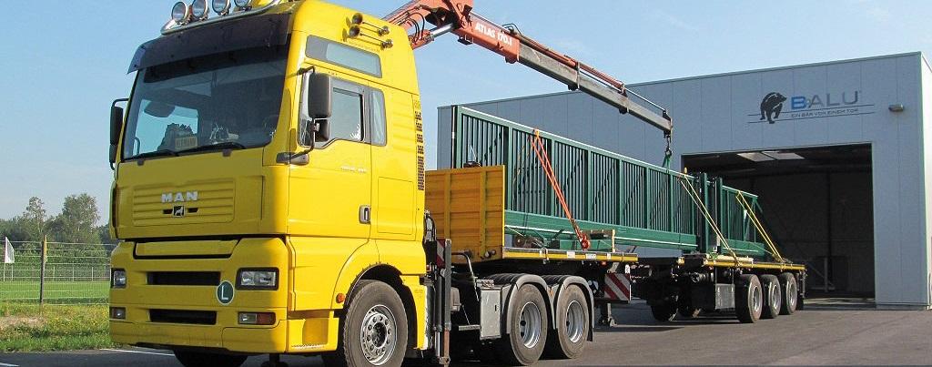 Slider4_Gates_on_truck